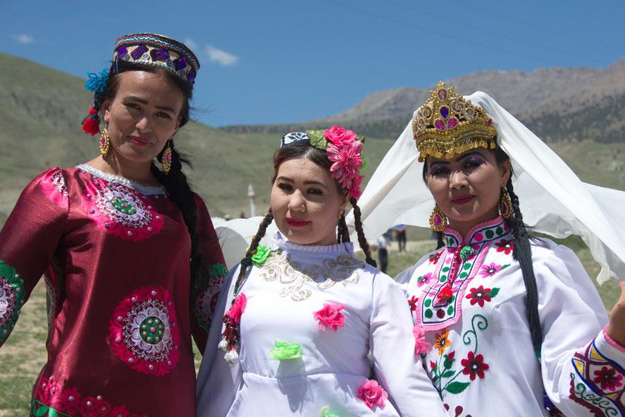 ethnic-tourism2