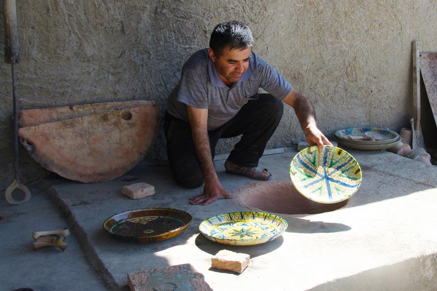 gijduvan-ceramics-museum-10