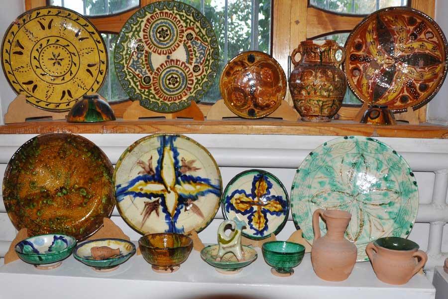 gijduvan-ceramics-museum-11