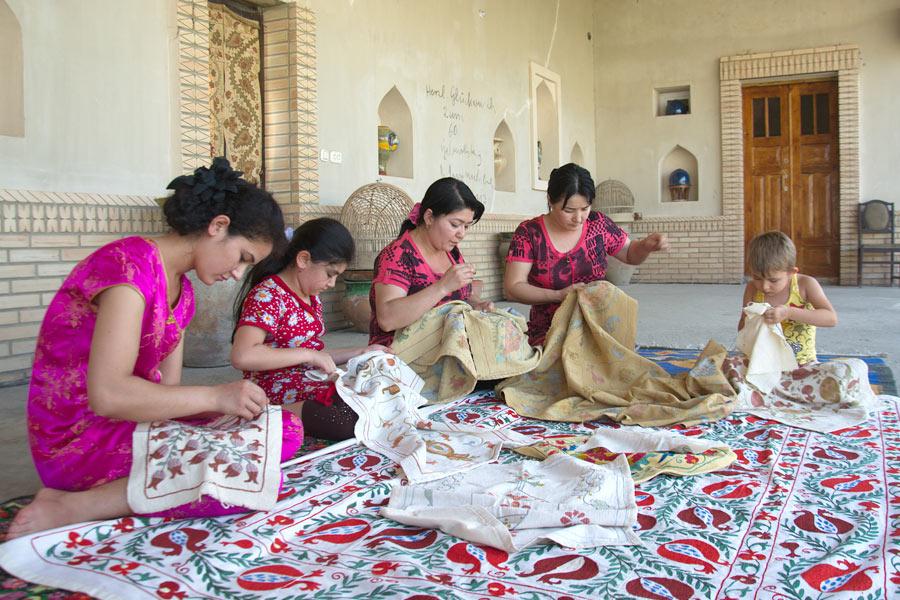 uzbek-handicrafts1