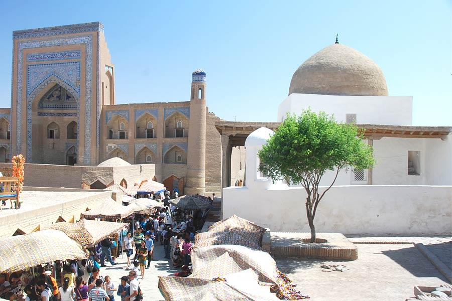 ak-mosque1