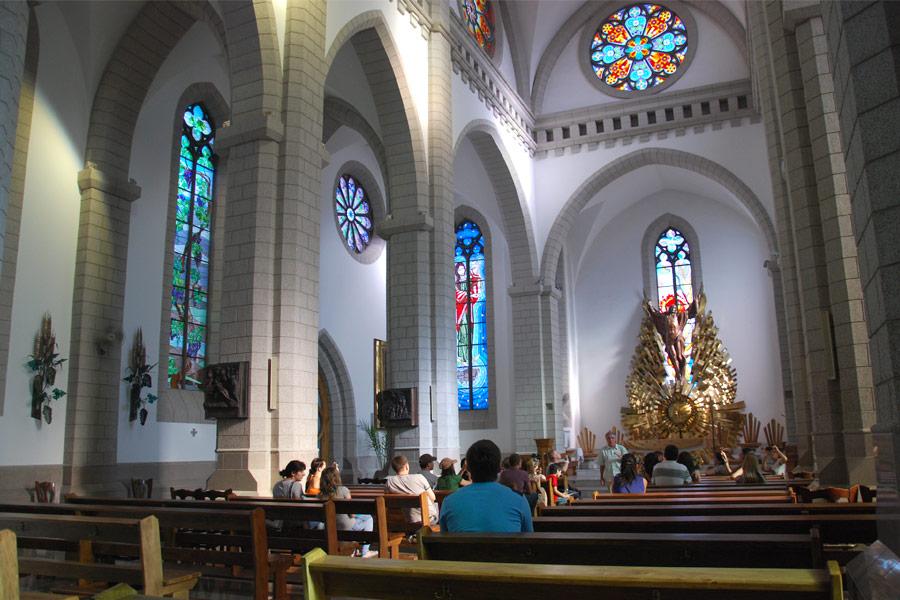 catholic-church3
