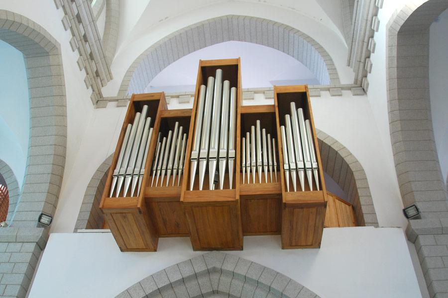 catholic-church4