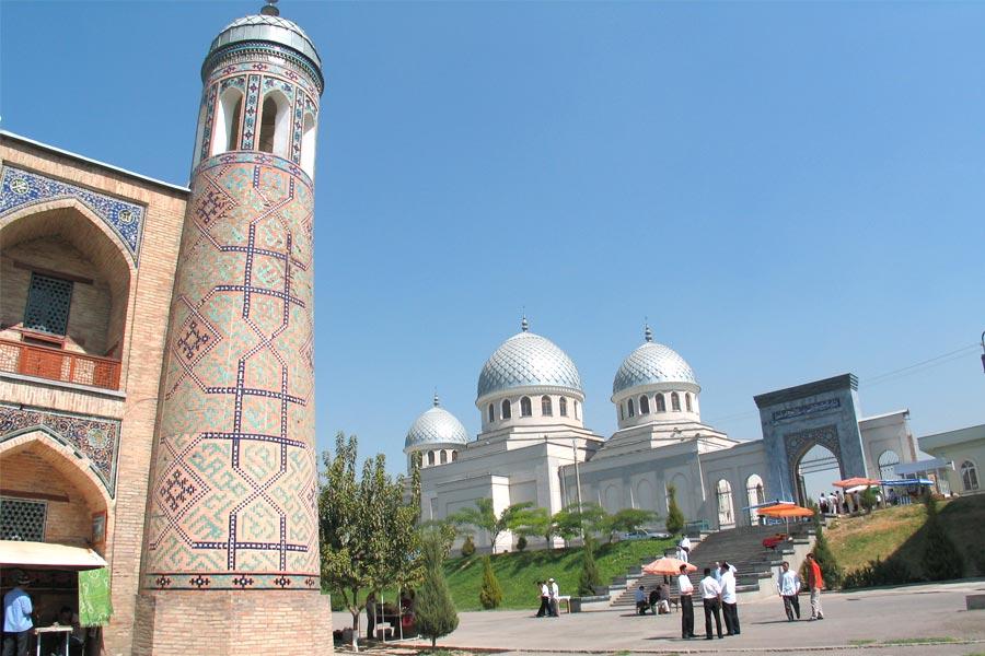 khoja-akhrar-mosque2