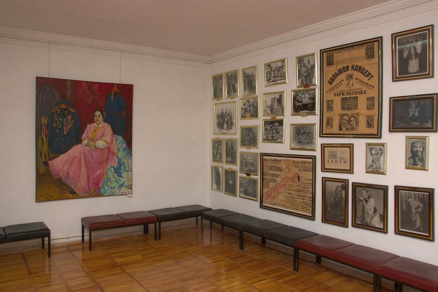 tamara-khanum-museum2