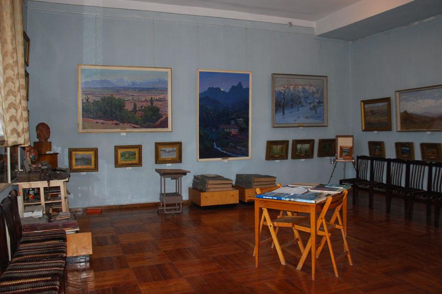 tansykbayev-museum7
