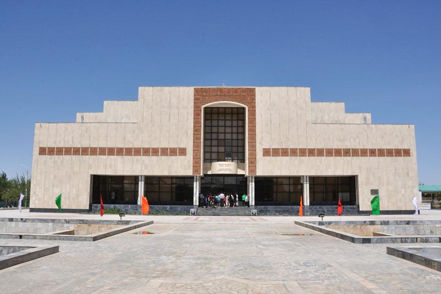 Uzbekistan buddhism tour
