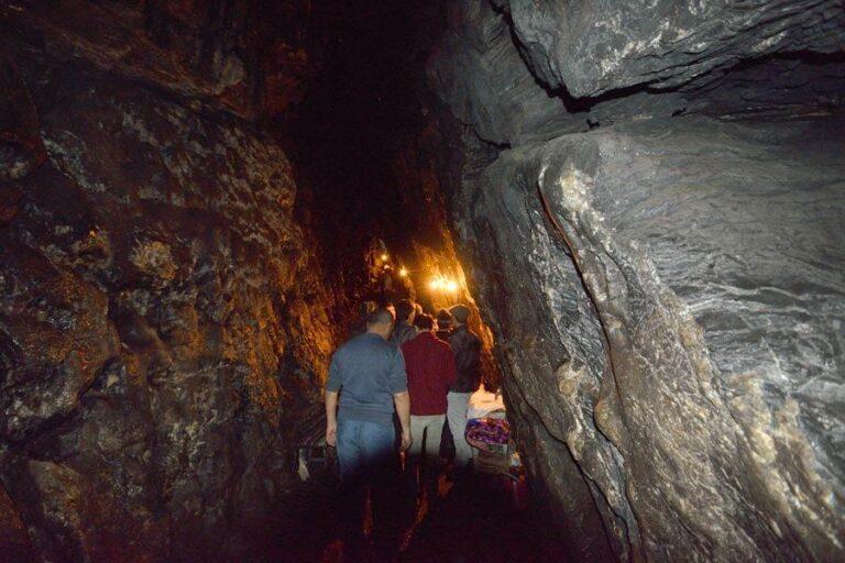 Hazrat Daud Cave tour