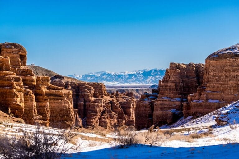 Charyn Canyon Day Tour