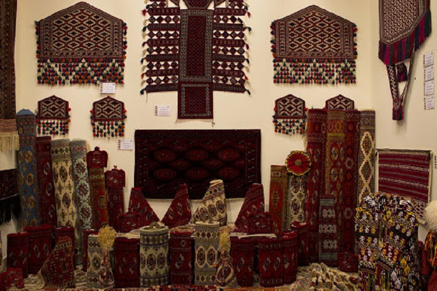 National Turkmen Carpet Museum (2)