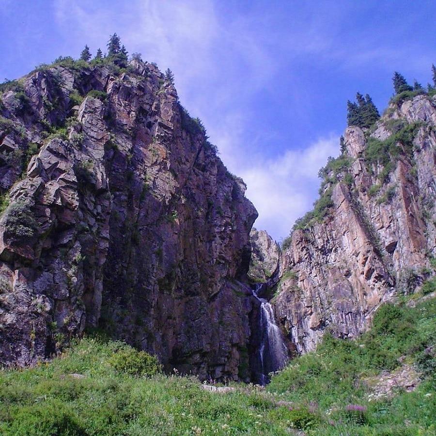 Turgen Gorge Mountain Waterfall Tour