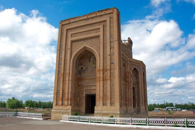From Khiva to Darvaza Tour