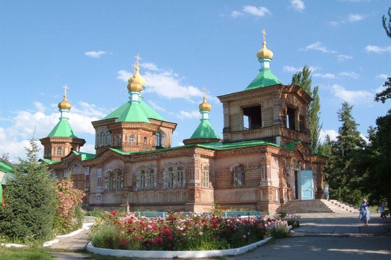 Karakol, Kyrgyzstan (1)