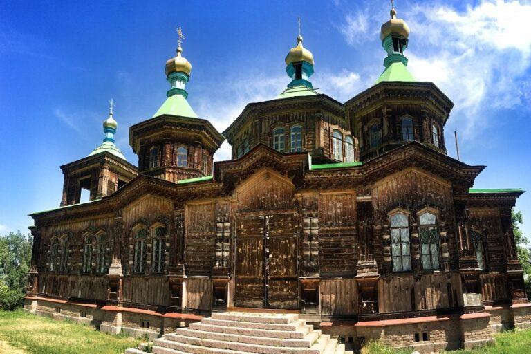 Karakol, Kyrgyzstan (3)