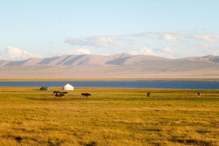 Son-Kul Lake (5)