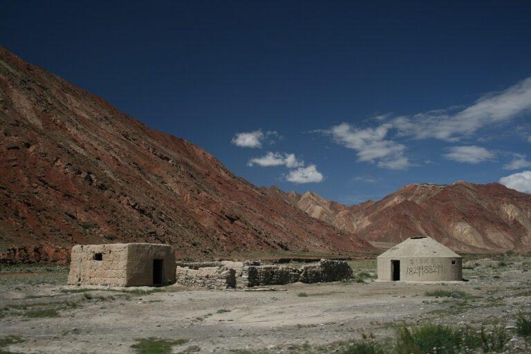 Torugart Pass, Kyrgyzstan (1)