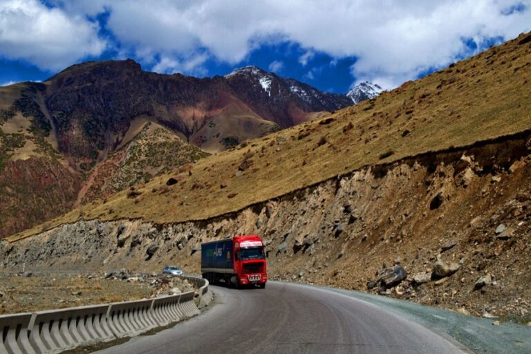 Torugart Pass, Kyrgyzstan (3)