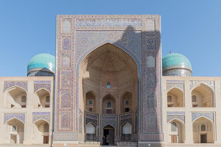 Kyrgyzstan-Uzbekistan-Tajikistan Group Tour