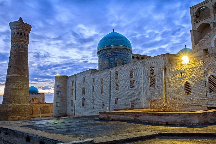 Uzbekistan-Tajikistan Group Tour